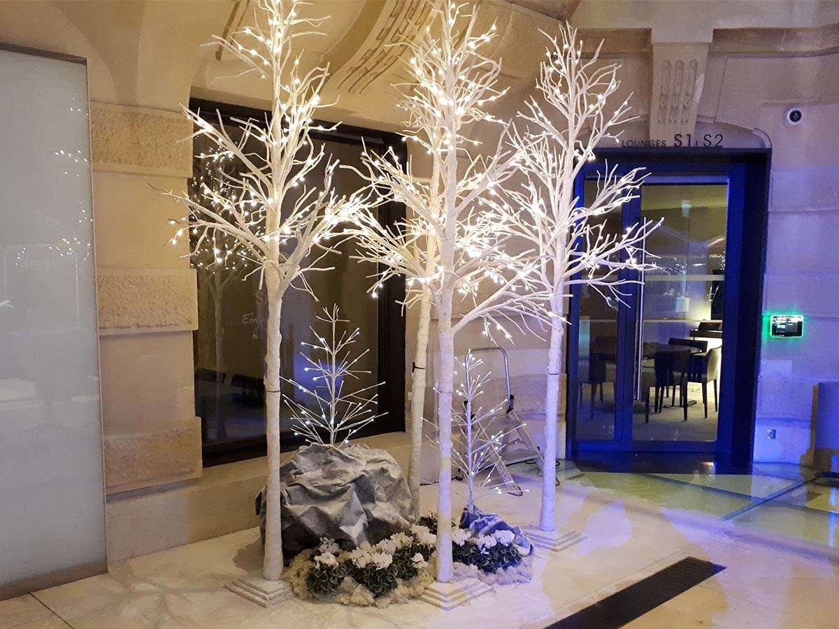 D coration ev nementielle arbre de no l location d cor for Decoration evenementielle